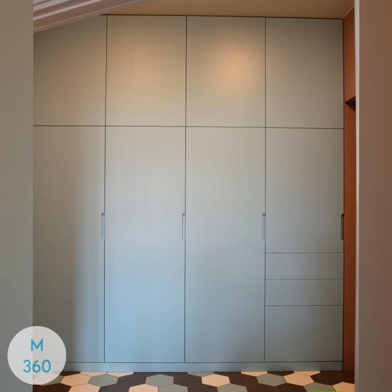 Серый распашной шкаф Элк-Гров Арт 009346254